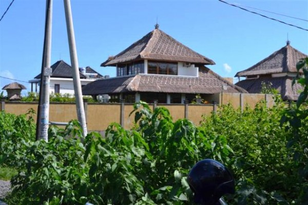 Land for sale in Canggu Berawa with charming scenery – LCG048