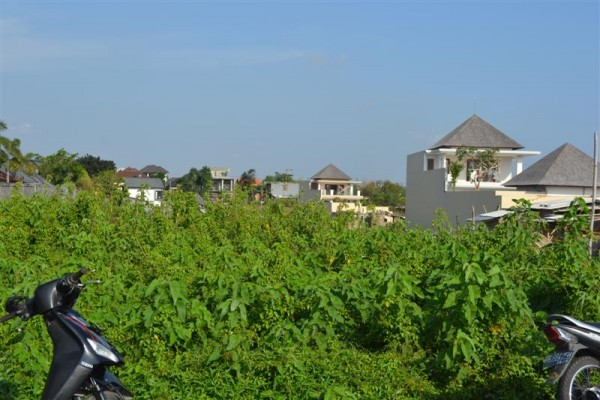 Land for sale in Canggu Close to Berawa Beach – LCG068