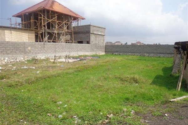Land for sale in Canggu Bumbak near Petitenget Beach suitable for villa – LCG062